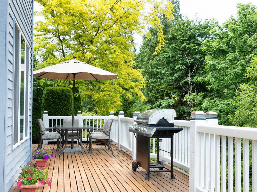 Go Natural With Cedar Decks in Middletown, Mechanicsburg & Carlisle, PA & surrounding areas